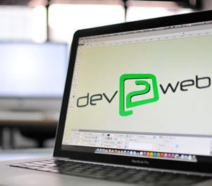 Escritório da dev2web Agência Interativa